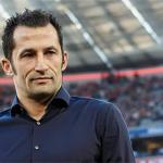 Giám đốc Bayern giáo huấn Lewandowski