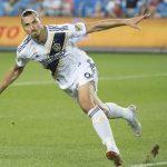Ibrahimovic ghi bàn nhiều hơn sau tuổi 30