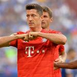 Lewandowski lập hat-trick cho Bayern