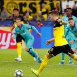 Barca hút chết trên sân Dortmund