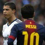 Berbatov: 'Hãy trao danh hiệu cho cả Messi và Ronaldo'