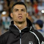 Juventus: 'Ronaldo xứng đáng hơn Messi'