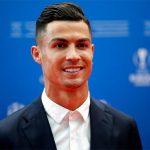 Nedved: 'Ronaldo xứng đáng nhận giải UEFA hơn Van Dijk'