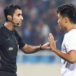 Trọng tài Qatar cầm còi trận Thái Lan - Việt Nam