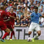 Gary Neville: 'Liverpool khó lật đổ được Man City'
