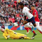 Southgate: 'Rashford đá cắm không tốt bằng Kane'