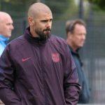 Barca sa thải huyền thoại Victor Valdes