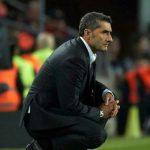 Valverde: 'Messi nguy hiểm trong từng đường bóng'
