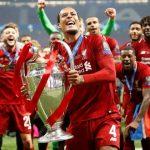 Gerrard: 'Van Dijk xứng đáng với Quả Bóng Vàng hơn Messi'