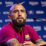 Vidal kiện Barca vì tiền thưởng