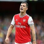 Xhaka làm đội trưởng Arsenal