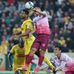 HLV Sài Gòn đổ lỗi cho mặt sân khi thua Nam Định