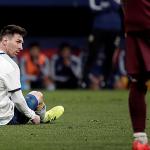 Argentina thua đậm trong ngày Messi trở lại