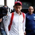 Barca vi phạm quy định lương nếu mua Neymar và Griezmann