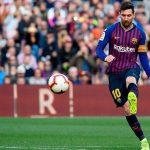 10 cú sút phạt trực tiếp của Messi làm mê hoặc khán giả