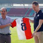 Bầu Đức hợp tác với CLB Feyenoord
