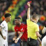 Tiền vệ PSG vui khi Pogba nhận thẻ đỏ