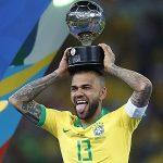 Dani Alves đoạt danh hiệu thứ 40 khi vô địch Copa America 2019