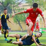 Giải bóng đá phong trào Hà Nội cắt giảm cầu thủ chuyên nghiệp