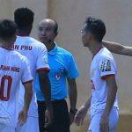 Trọng tài gây tranh cãi khi Thanh Hoá thắng Nam Định