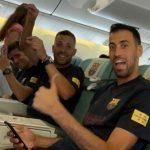 CĐV Liverpool cười nhạo trong ngày Barca xuất quân