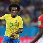 Willian được gọi thay thế Neymar