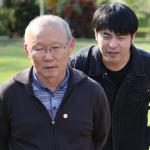 Người đại diện quay về Hàn Quốc, tham khảo ý kiến của HLV Park