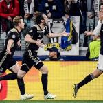 Đội hình chính Ajax trị giá bằng nửa Ronaldo
