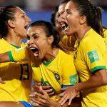 Marta phá kỷ lục ghi bàn tại World Cup của Klose