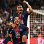 Mbappe tăng tốc đuổi theo Messi trong cuộc đua Giày Vàng