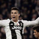 Rio Ferdinand: 'Ronaldo là vị Thánh sống của bóng đá'