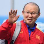 Thầy Park và học trò rạng rỡ ngày về Việt Nam