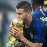 Bayern 'phá két', mua hậu vệ vô địch World Cup 2018