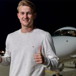 De Ligt đến Italy chuẩn bị gia nhập Juventus