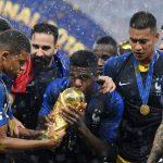 Báo châu Âu đưa tin Barca bán Umtiti cho Man Utd