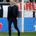 Zidane: 'Real Madrid cần xin lỗi người hâm mộ'