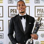Van Dijk tự hào khi nhận giải Cầu thủ hay nhất năm tại Anh