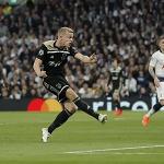 Ajax thắng ngay trên sân của Tottenham