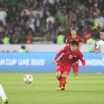 Quang Hải vào top 10 cầu thủ ấn tượng lượt ra quân Asian Cup