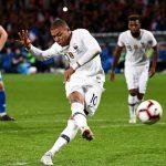 Mbappe cứu Pháp thoát thua trước Iceland vào phút 90