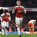 Arsenal vào tứ kết Cup Liên đoàn Anh