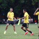 Malaysia tập kín ngay khi đến Hà Nội
