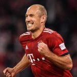 Robben mất bàn thắng cho Lewandowski vì công nghệ VAR