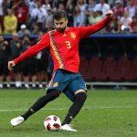 Pique từ giã đội tuyển Tây Ban Nha