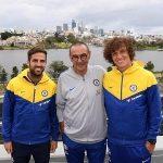 Cầu thủ Chelsea thay nhau 'nịnh' Sarri
