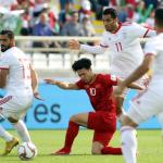 CĐV châu Á: 'Việt Nam chơi tốt nhưng Iran ở đẳng cấp khác'