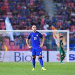 Trụ cột tuyển Thái Lan chia tay AFF Cup do chấn thương nặng