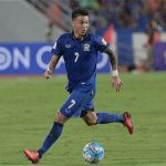 Hot boy của bóng đá Thái Lan mong đội nhà gặp Việt Nam