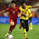 Đình Trọng là một trong 5 hậu vệ nổi bật vòng bảng AFF Cup