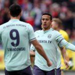 Bayern thu hẹp khoảng cách với Dortmund xuống còn hai điểm